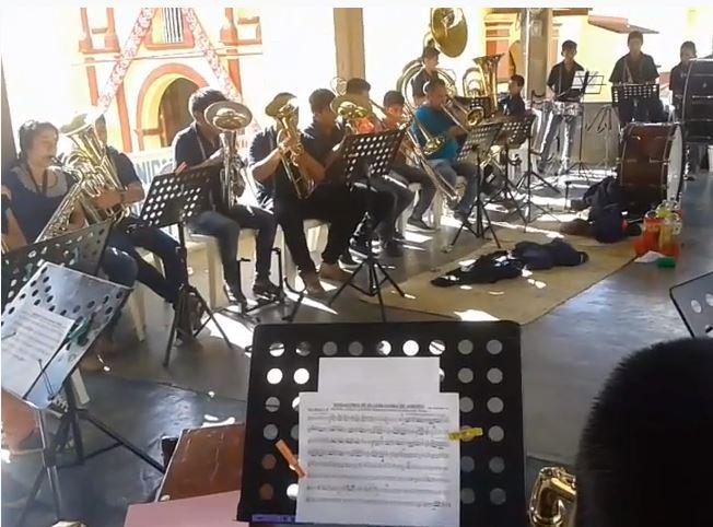 """Video.- """"VERGANTINES DE VILLENA"""" desde MÉXICO (BANDA MUNICIPAL DE VILLA ALTA)"""